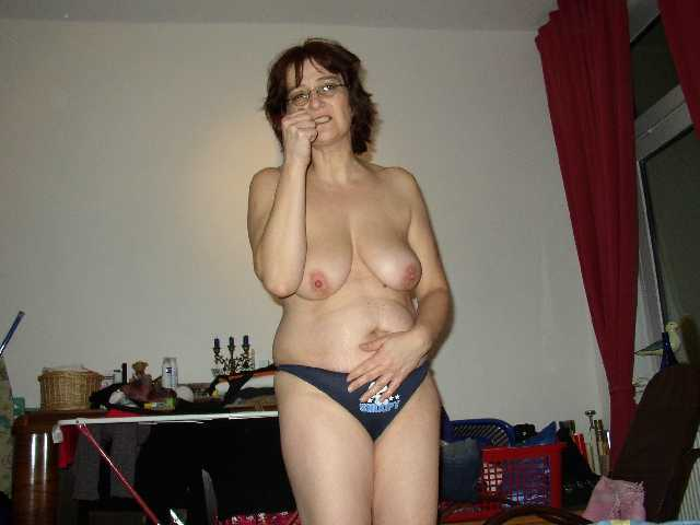 Mature And Older Milf Lives In Germany