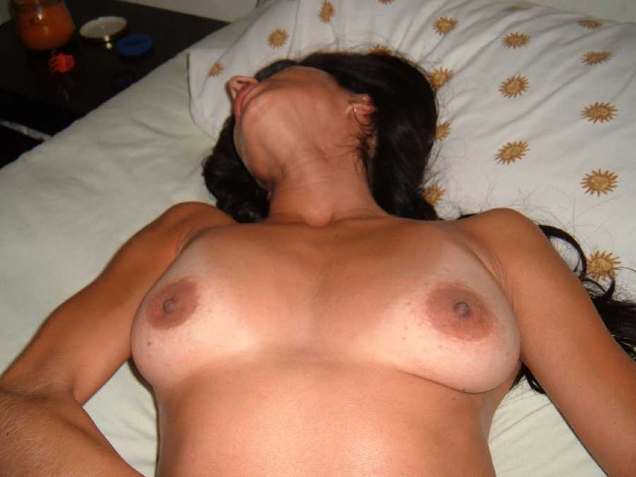 Hispanic MILF