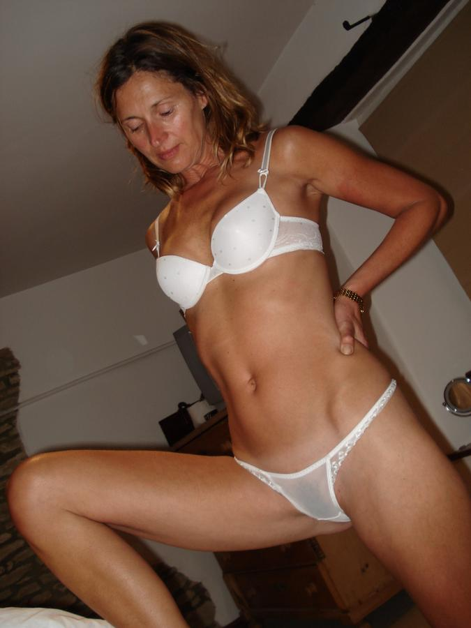 Some horny moms can't stop masterbating.""