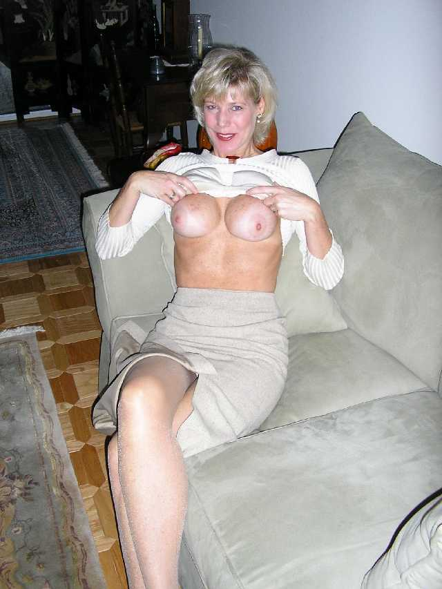 Middle Aged MILF