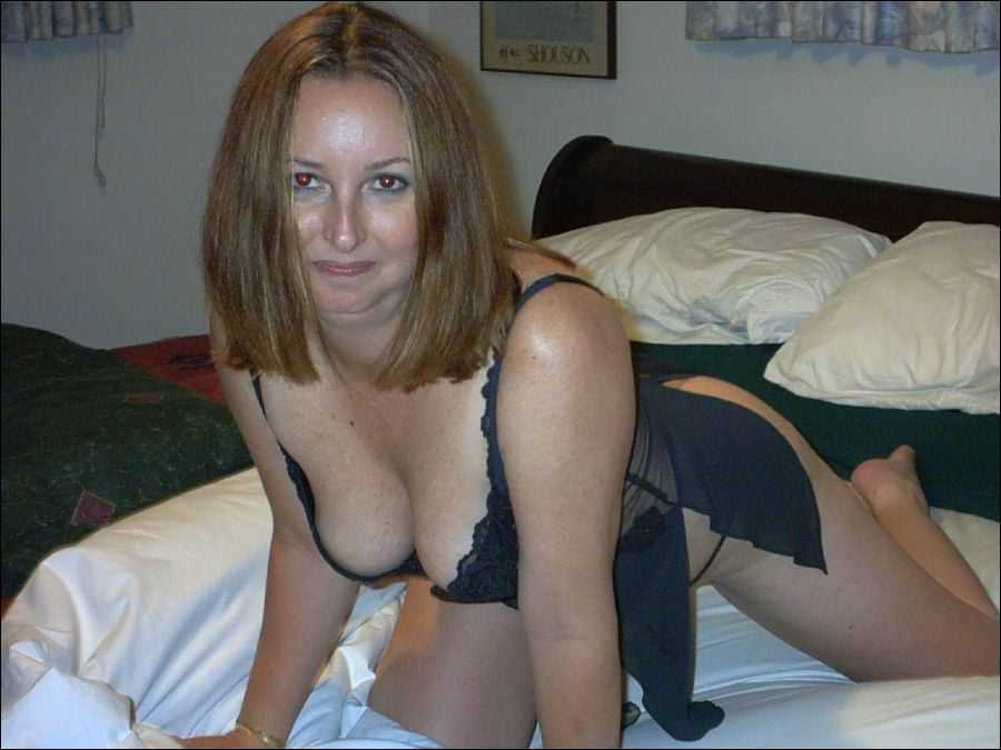 Nude Soccer Mom