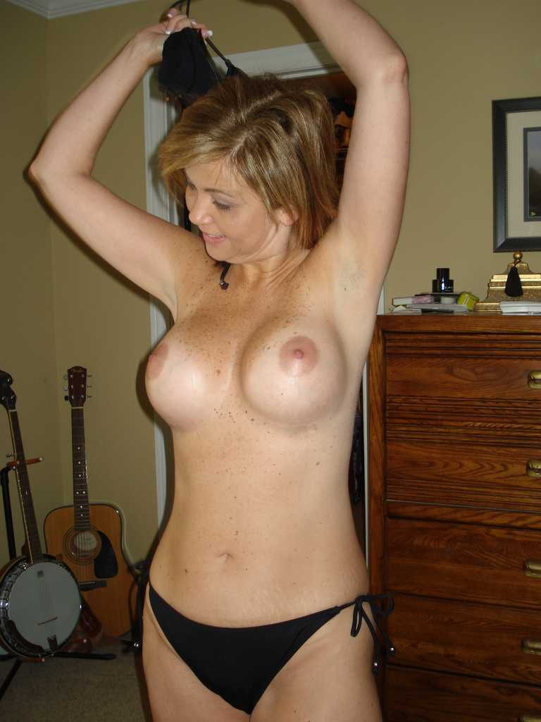 Blonde Milf With Freckled Tits